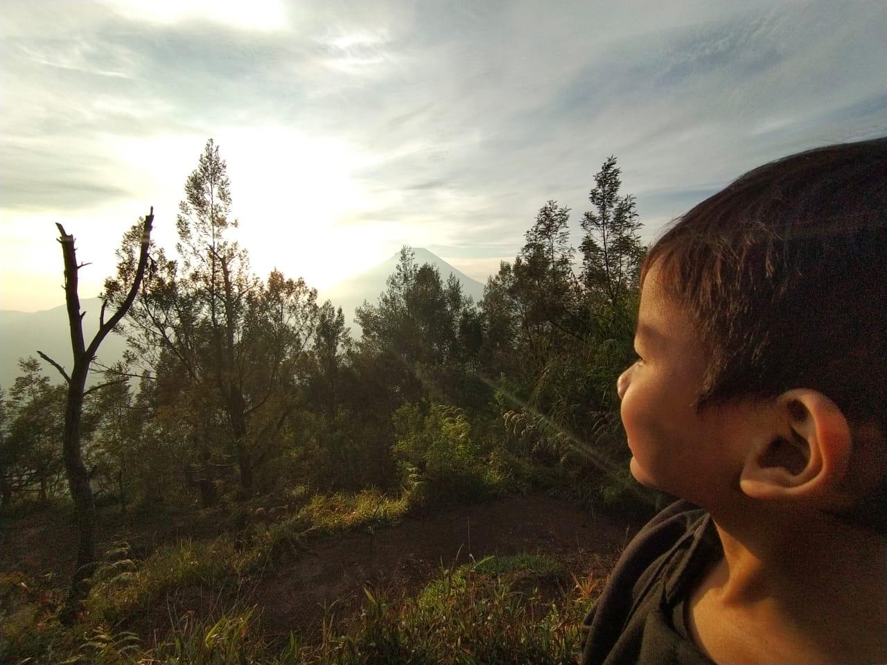 Sunrise di Bukit Sikunir Dieng